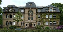 Hambourg, le cimetière de Ohlsdorf et le lion de Istedt (1/6)