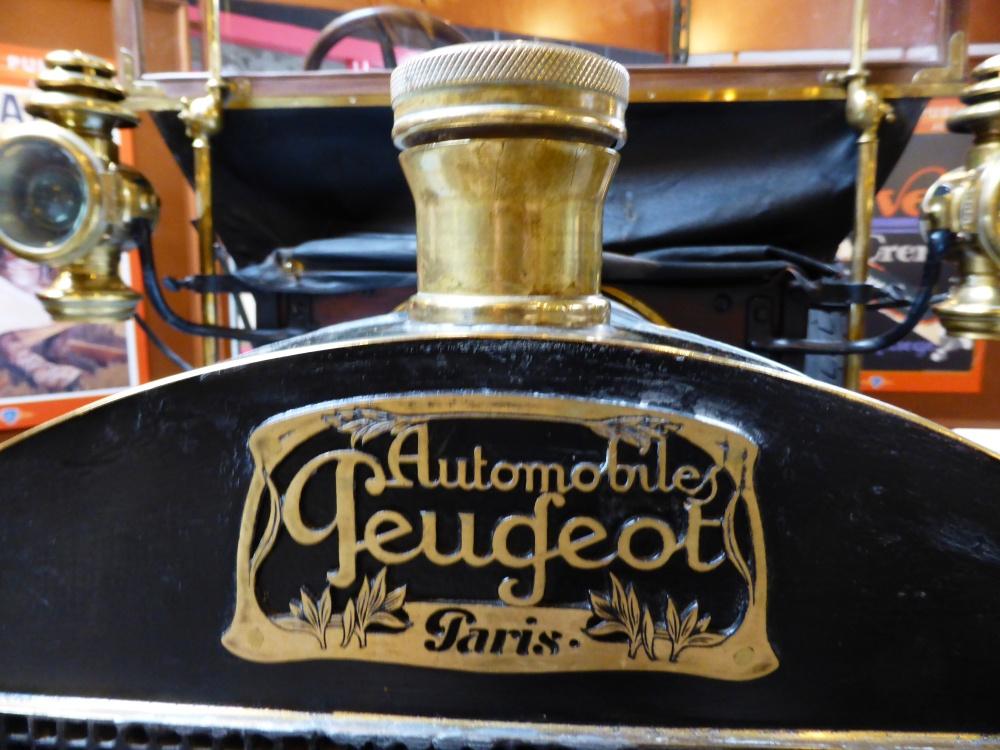 Montbéliard, l'Hôtel Beurnier-Rossel, le Château des Ducs de Wurtemberg et le Musée Peugeot (1/6)